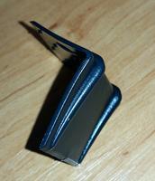 Ochranný roh plastový k upínacímu pásu šíře 20 mm, černý 30x30x30 (vázací pásky)